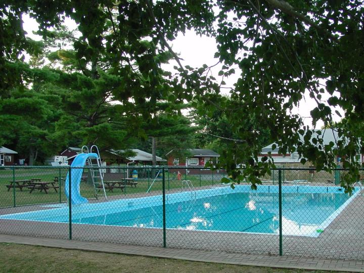 Swimming pool 001